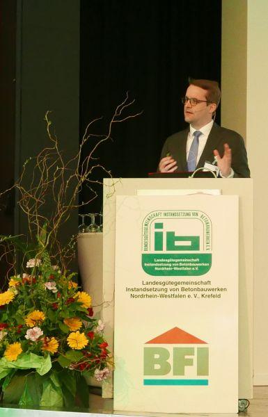 RA Dr. Martin Stelzner, Kanzlei Kapellmann & Partner, Mönchengladbach